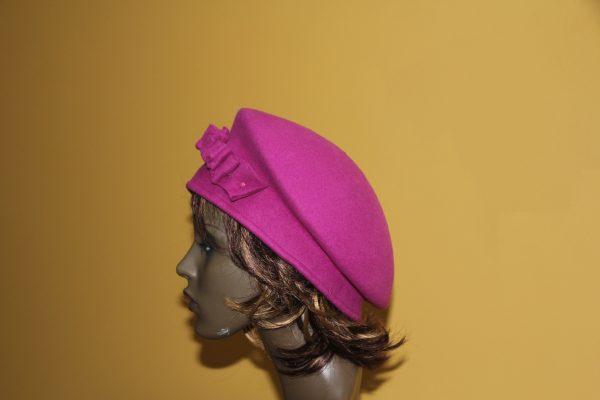 Cerise felt hat with felt detail
