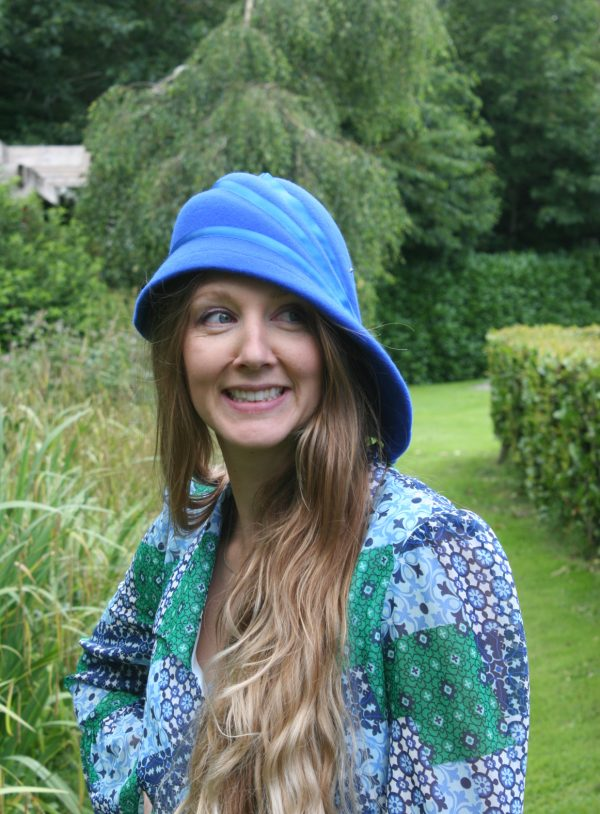 Royal blue side sweep felt hat with ribbon detail